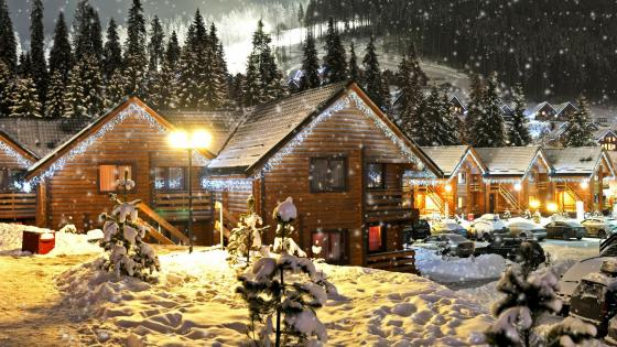 Christmas log cabin wallpaper