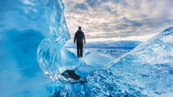 Jokulsarlon ice world (Iceland) wallpaper