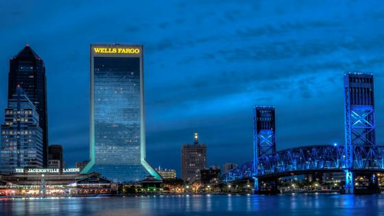 Jacksonville and the Main Street Bridge at night wallpaper