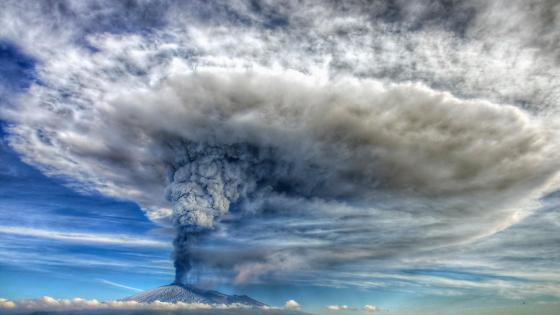 Mount Etna eruption wallpaper