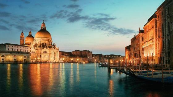 Santa Maria della Salute and Grand Canal wallpaper