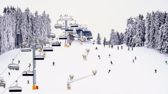 Skiliftkarussell Winterberg wallpaper