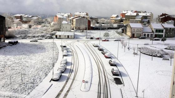 Winter town wallpaper