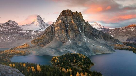 Mount Assiniboine Provincial Park, Canada wallpaper