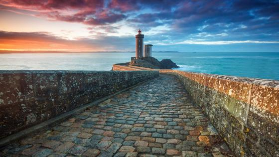 Lighthouse of the Petit Minou - France wallpaper