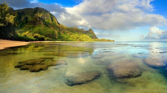 Tunnels Beach - Kauai, Hawaii wallpaper