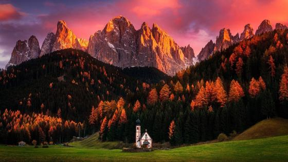 Small church at Funes Valley wallpaper