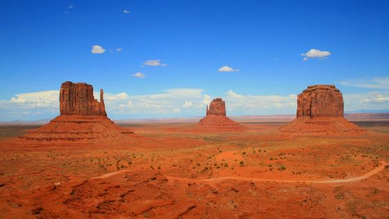 Monument Valley Navajo Tribal Park wallpaper