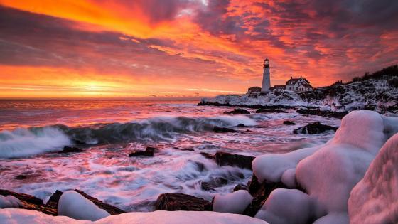 Portland Head Light in Cape Elizabeth at sunrise wallpaper