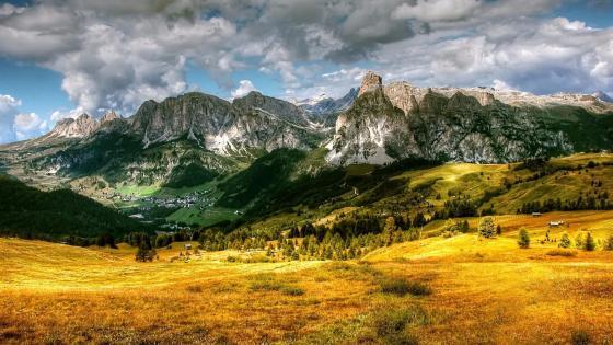 Italian Dolomites at fall wallpaper
