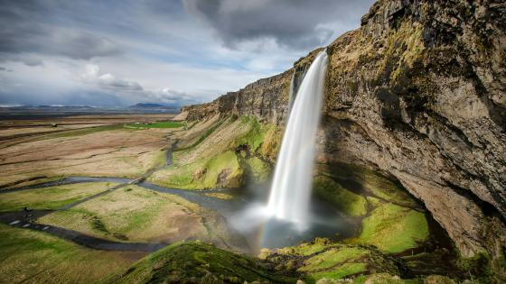 Seljalandsfoss, Iceland wallpaper
