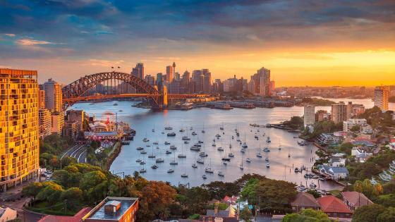 Sydney skyline and Sydney Harbour Bridge wallpaper