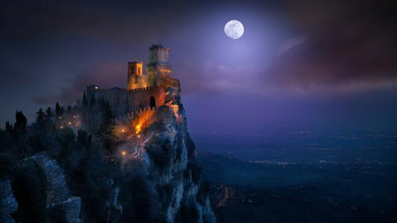 Guaita Fortress at night, San Marino wallpaper