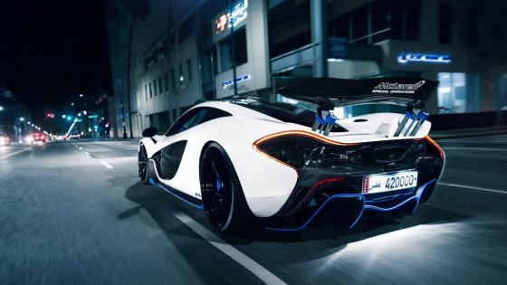 McLaren P1 in the street wallpaper