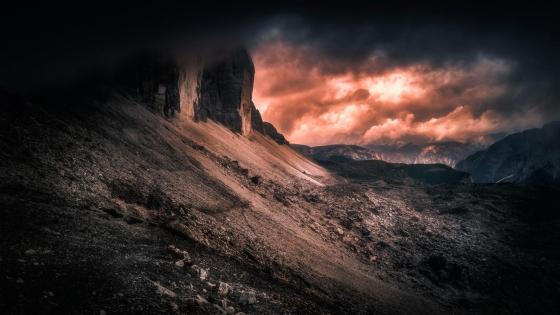 Tre Cime di Lavaredo Mountains (Italy) wallpaper