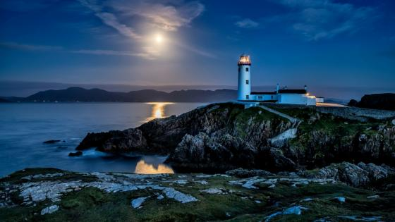 Fanad Lighthouse at dusk wallpaper