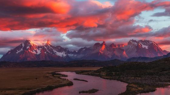 Torres del Paine National Park pink sunrise wallpaper