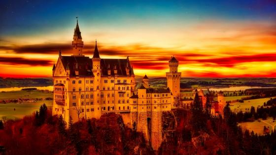 Neuschwanstein Castle at sunset wallpaper