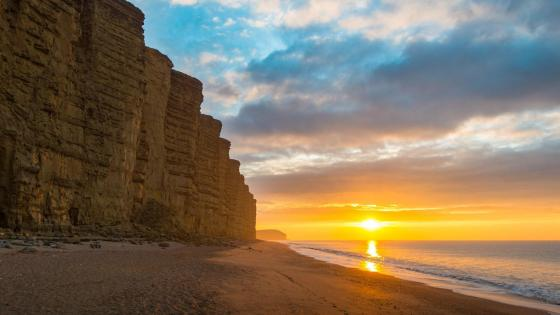 Beach at West Bay, Bridport, UK wallpaper