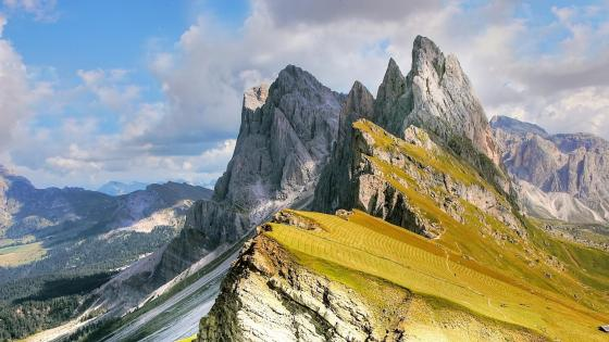 Dolomites (Val Gardena, Italy) wallpaper