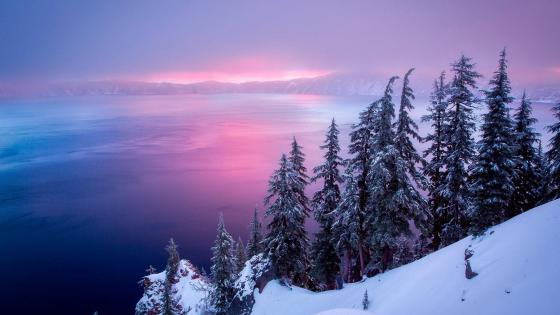 Crater Lake in winter wallpaper