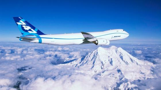 Boeing 747-8 wallpaper