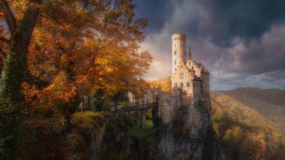 Lichtenstein Castle (Germany) wallpaper