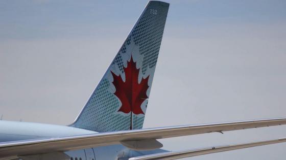 777 Air canada wallpaper