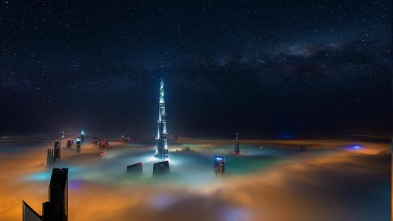Burj Khalifa in the Milky way (Dubai) wallpaper