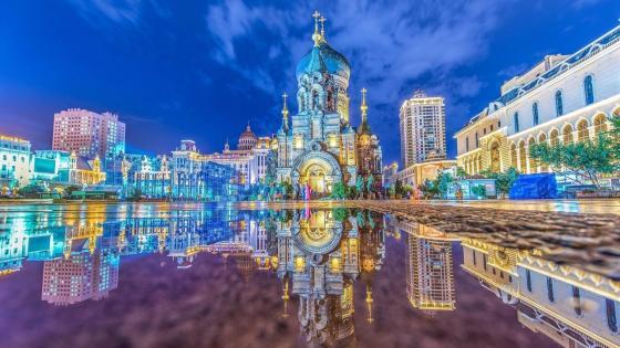Saint Sophia Cathedral (Harbin) inverted image wallpaper