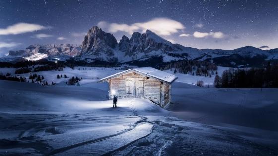 Alpe di Siusi (Seiser Alm) at night wallpaper
