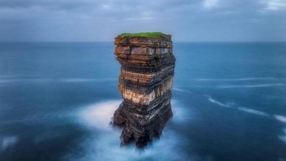 Sea-Stack Off Downpatrick Head wallpaper