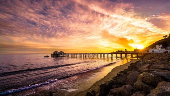 Malibu Pier sunset wallpaper