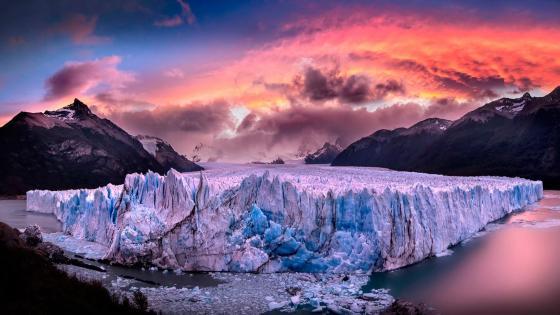 Perito Moreno Glacier - Los Glaciares National Park, Argentina wallpaper