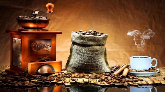 Old Coffee Grinder wallpaper