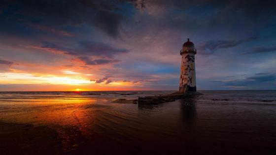 Abandoned Talacre Lighthouse (Point of Ayr Lighthouse) wallpaper