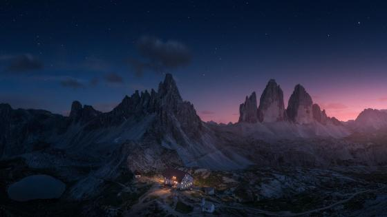 Tre Cime di Lavaredo at night wallpaper