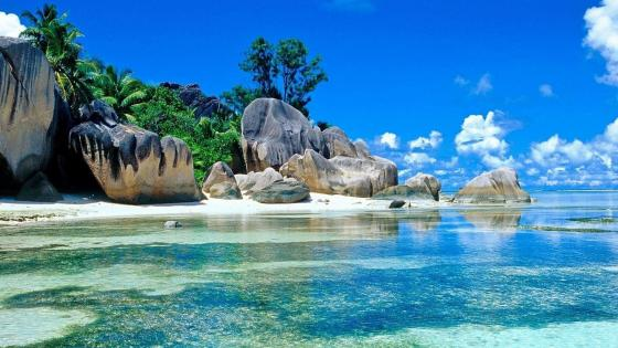 La Digue Island, Seychelles wallpaper