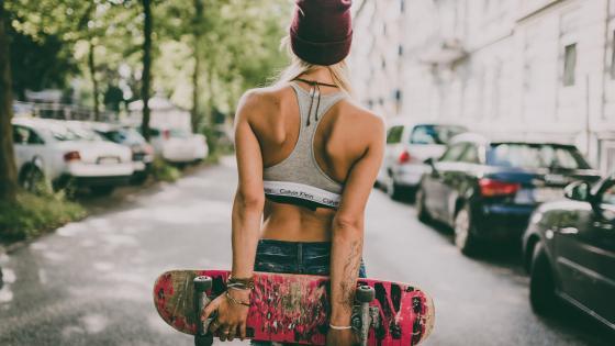 Skate girl wallpaper