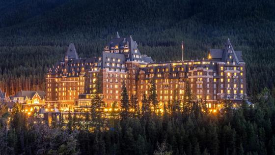 Banff Springs Hotel, Alberta, Canada wallpaper