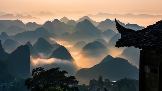 The sundown of the mountains wallpaper