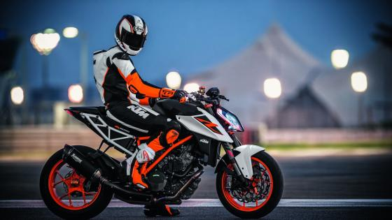 KTM 1290 Super Duke R wallpaper