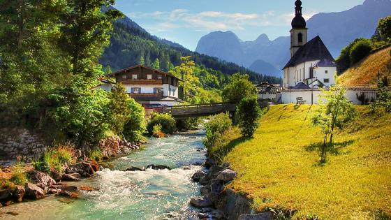 St. Sebastian Church and Reiter Alpe (Berchtesgaden National Park) wallpaper