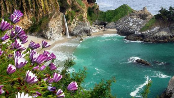 McWay Falls (Julia Pfeiffer Burns State Park, Big Sur, California) wallpaper