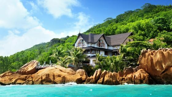Hotel at Anse Patates, La Digue, Seychelles wallpaper