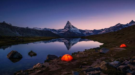 Matterhorn  from Stellisee at night wallpaper