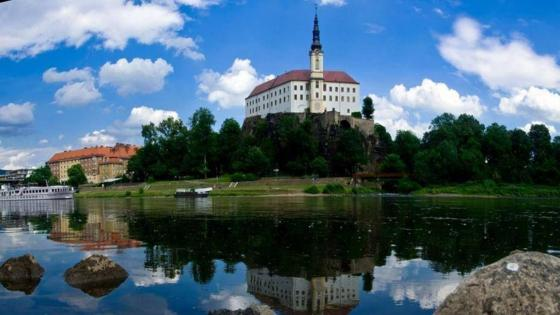 Decin Castle wallpaper