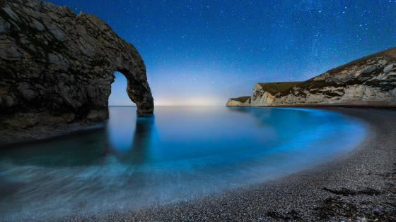 Durdle Door at night (Jurassic Coast) wallpaper