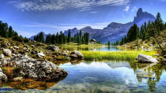Lake Federa, Dolomites wallpaper