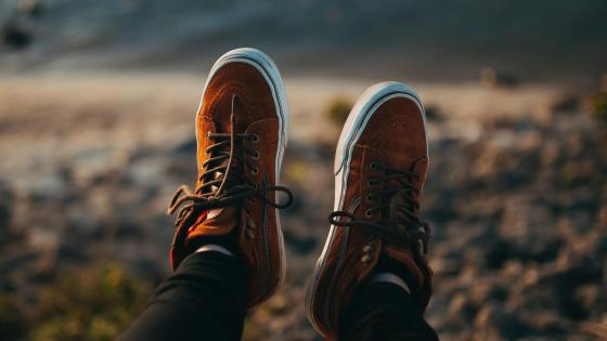 Sneakers legs blur wallpaper